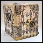 MIXED MEDIA: HUCHA STEAMPUNK
